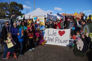 Global Wind Day_hands up_small